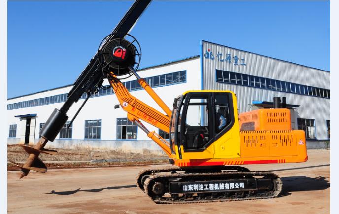 以下图片是15米履带山东旋挖钻机:价格23.8-25.8万