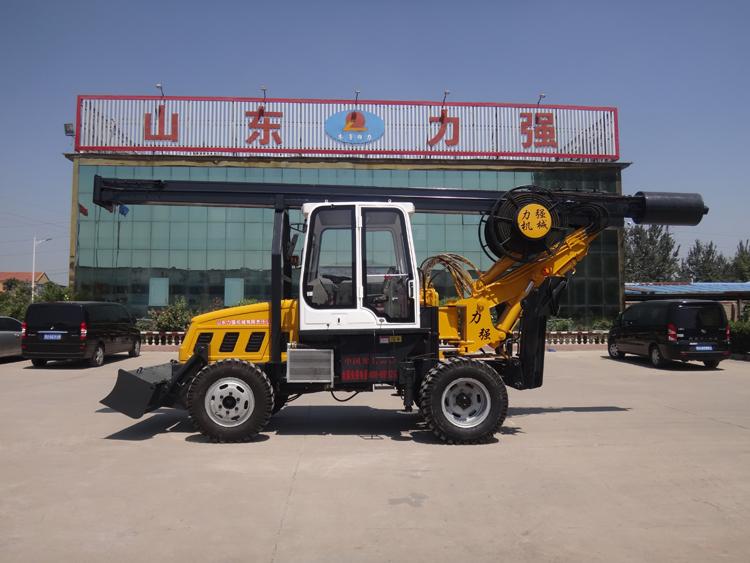 山东旋挖钻机系列产品-黄色180度轮式旋挖钻机图片