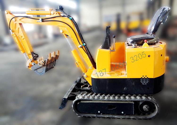 微型挖掘机采用单缸柴油机