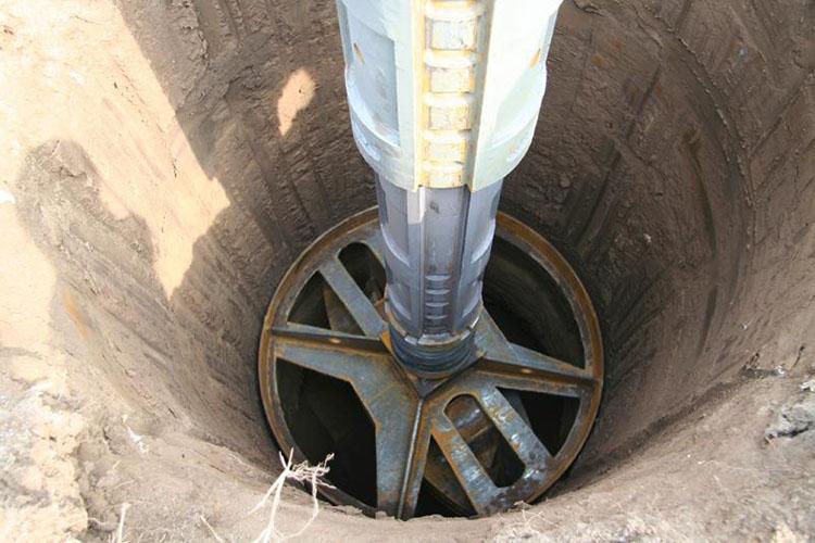 旋挖钻机施工现场图片